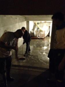 14-10-15_Volontari_per_l'alluvione_17_ridotta