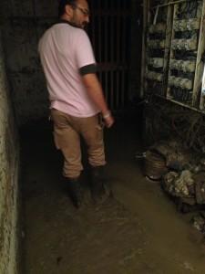 14-10-15_Volontari_per_l'alluvione_4_ridotta